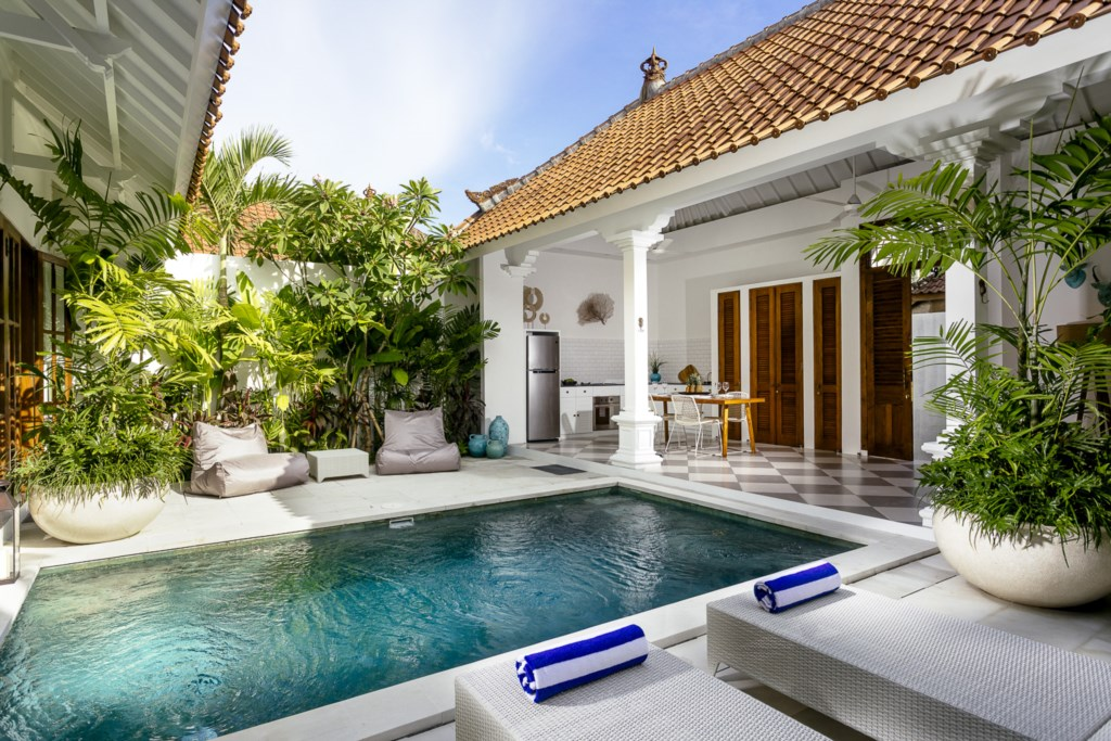 Swimming Pool view from sunbed.jpg