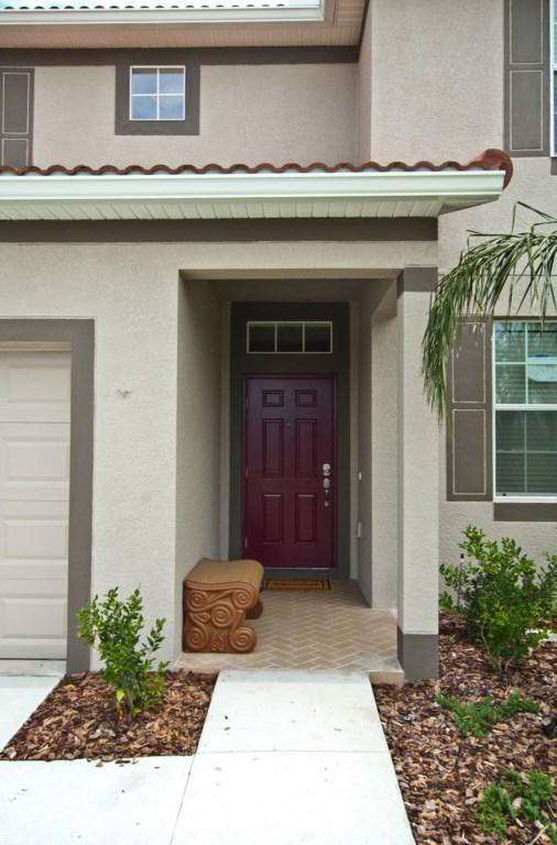 3102-Entrance Outside.jpg