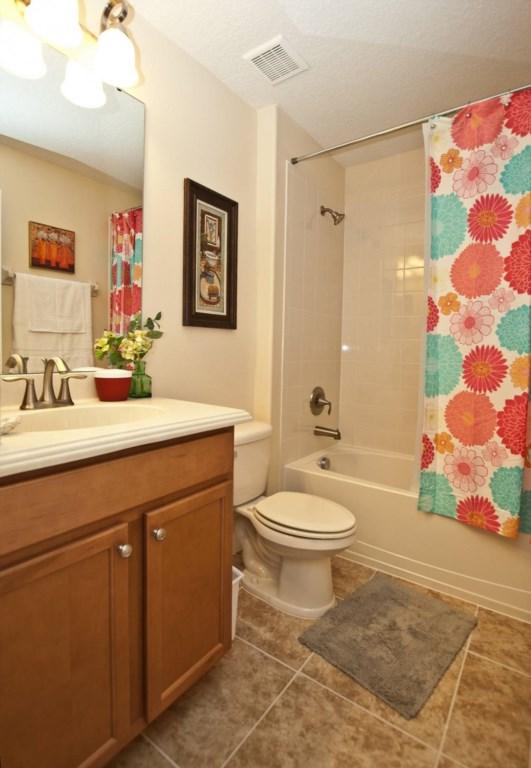 3102-Guest Bathroom Downstairs.jpg
