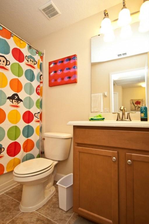 3102-Guest Bathroom Upstairs.jpg
