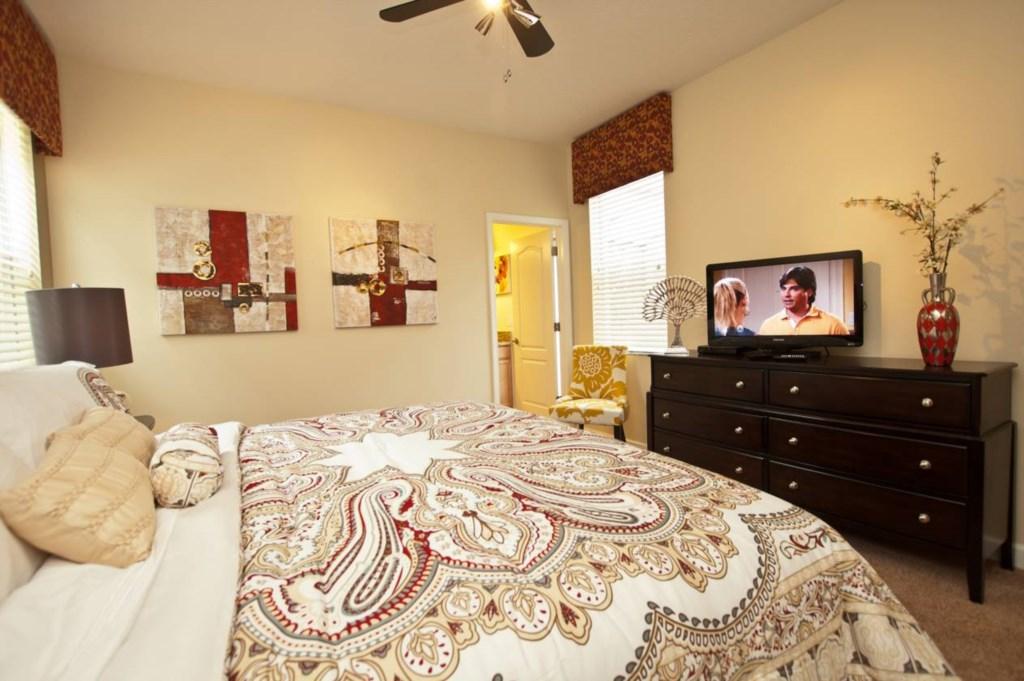 3102-Master Bedroom Downstairs 2.jpg