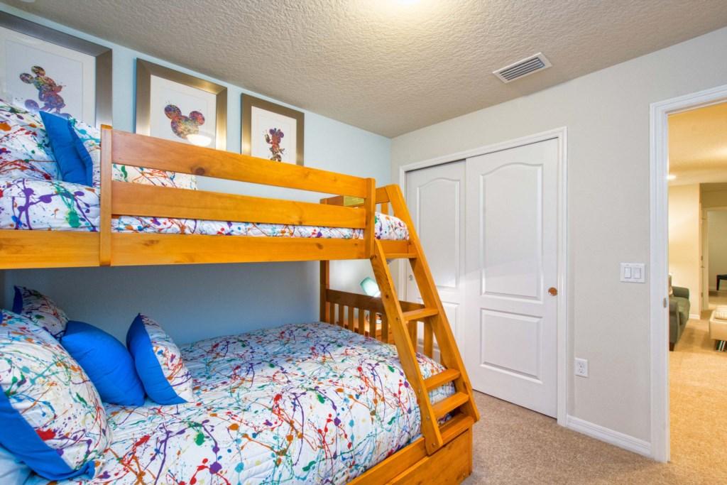 17-Bedroom22