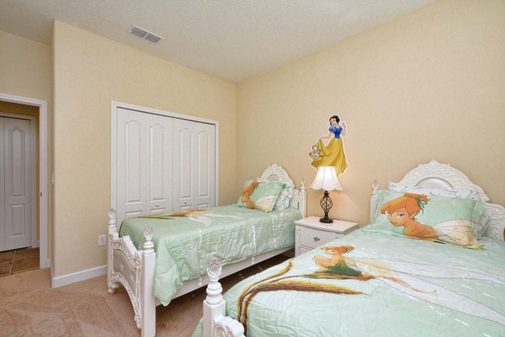 07-Bedroom2.jpg