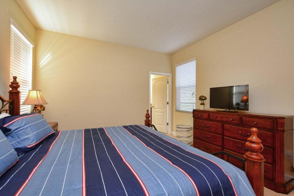 22-Bedroom 22.jpg