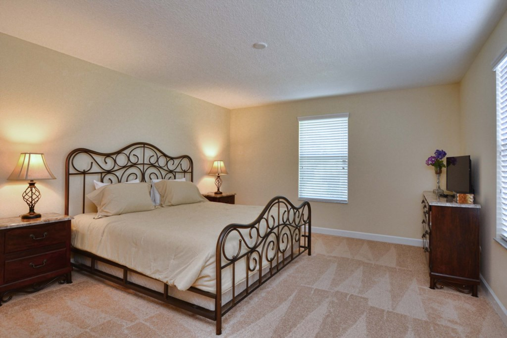 24-Bedroom 3.jpg