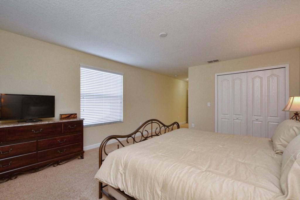 25-Bedroom 32.jpg