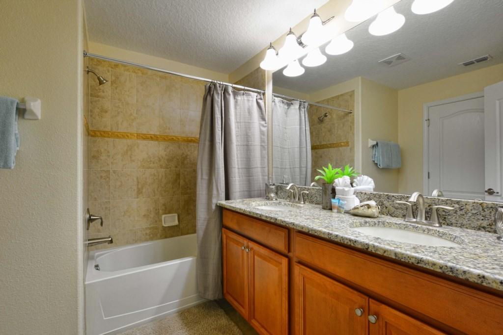 19-Bathroom2