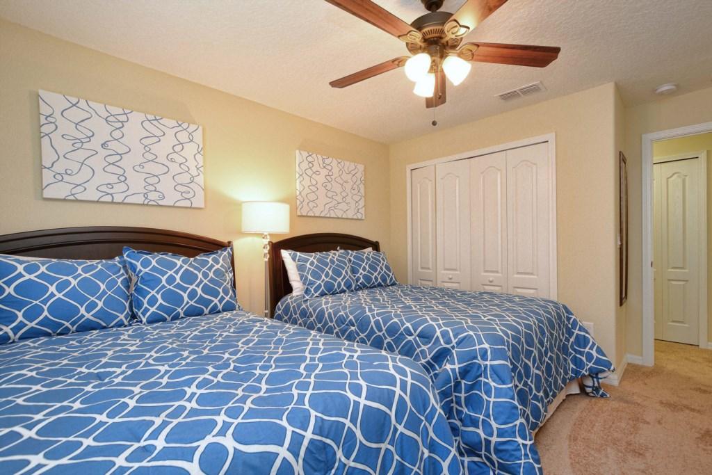 21-Bedroom32