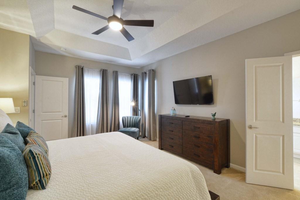 14-Bedroom32