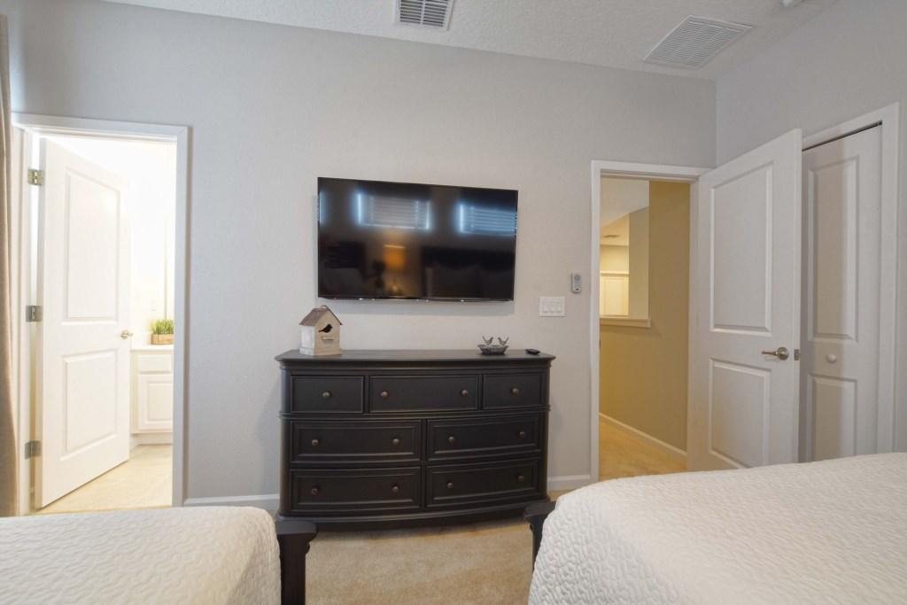 21-Bedroom62