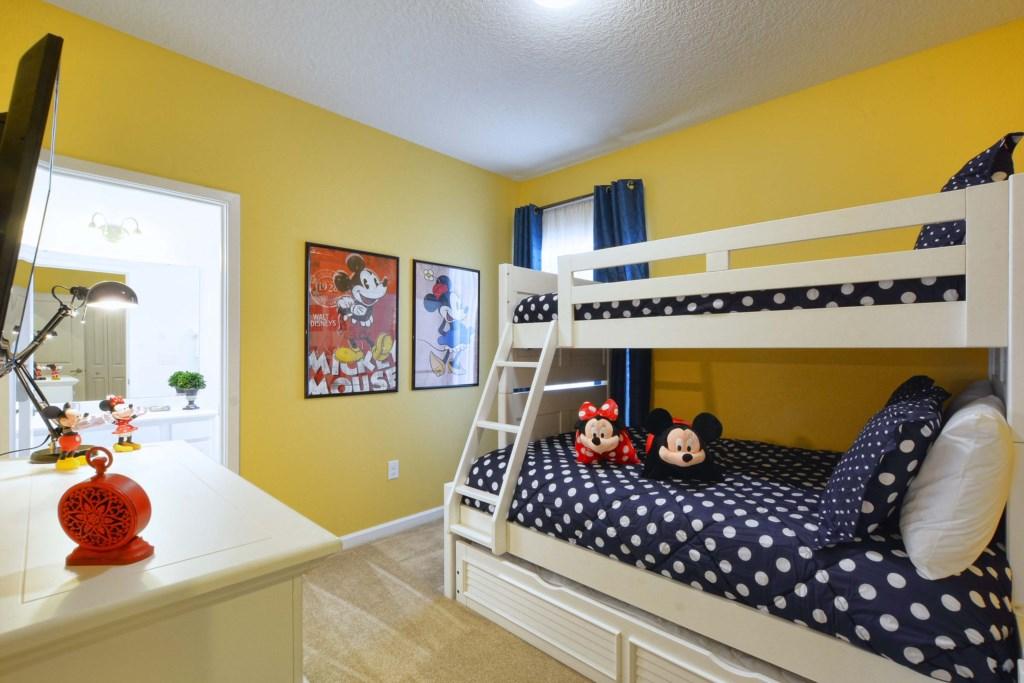 23-Bedroom5