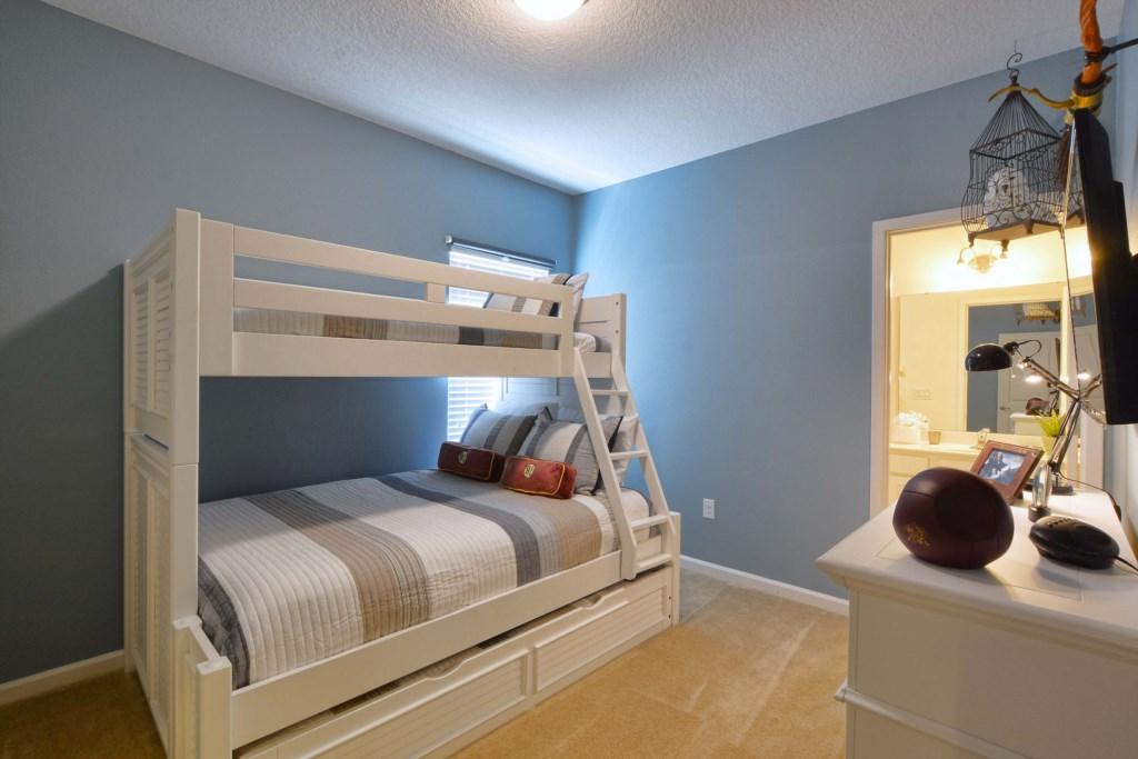 26-Bedroom 4.jpg