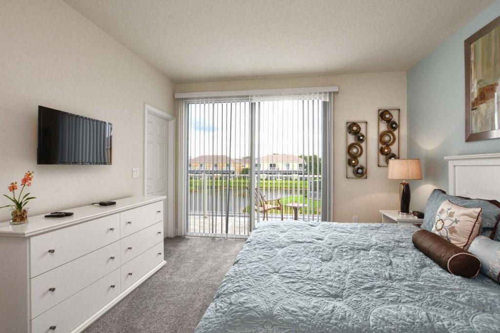 14-Bedroom2