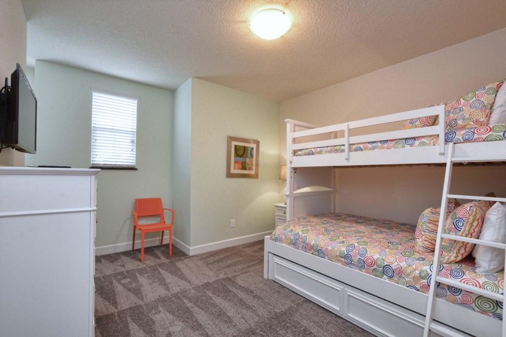 18-Bedroom3