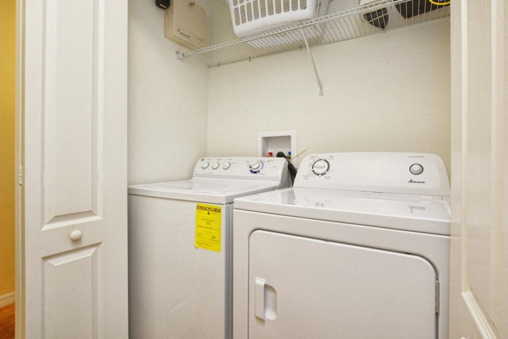 29-Laundry Room.jpg