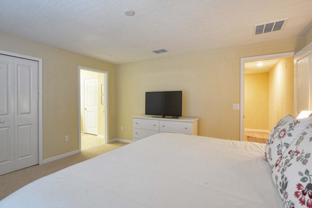 18-Bedroom 22.jpg