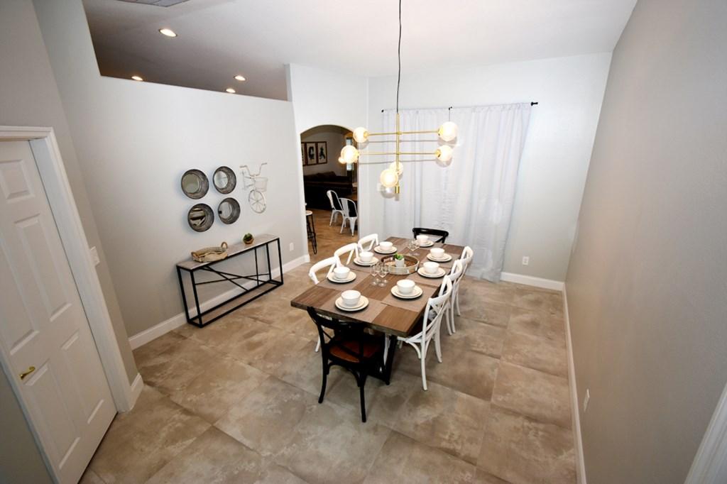 4 DINING ROOM.jpg
