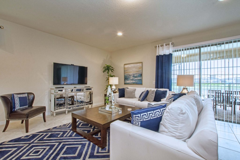 Family Room w/ Large Flat Screen TV