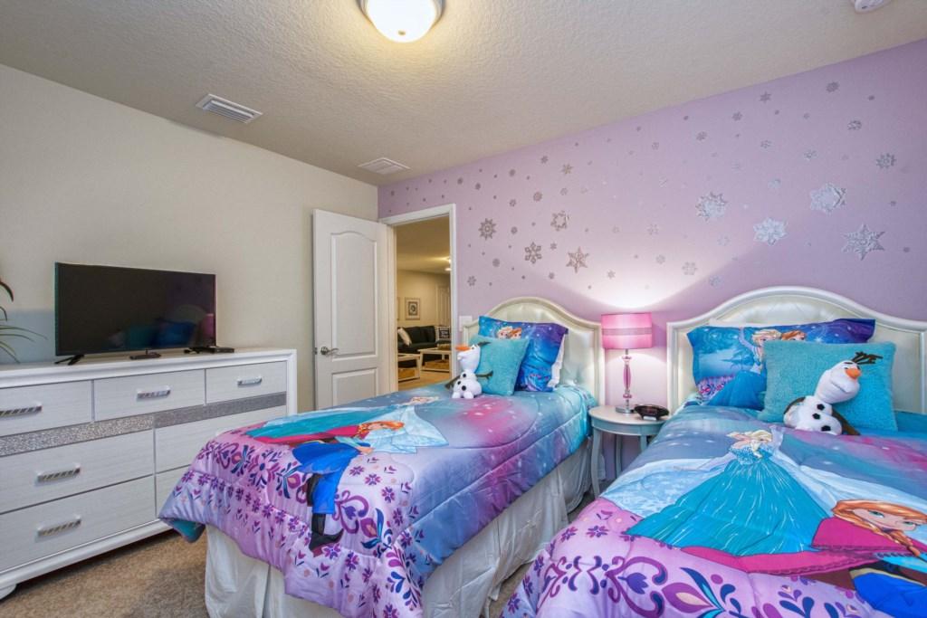 Frozen Bedroom Upstairs Two Twins