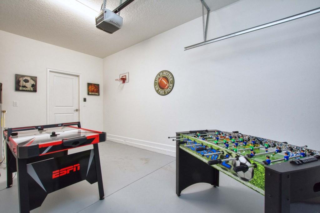 04-Game Room.jpg