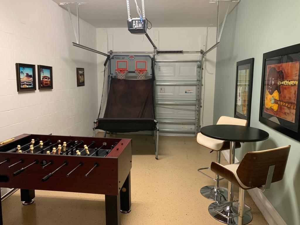 3150 Gameroom.JPG