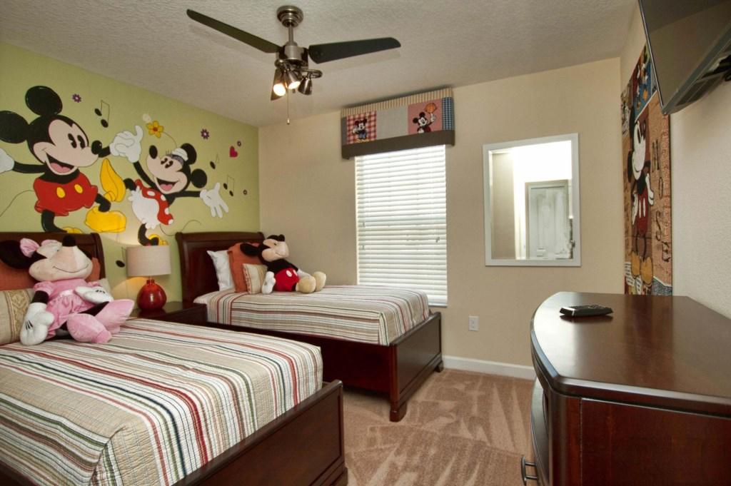 Bedroom 5 3150.jpg