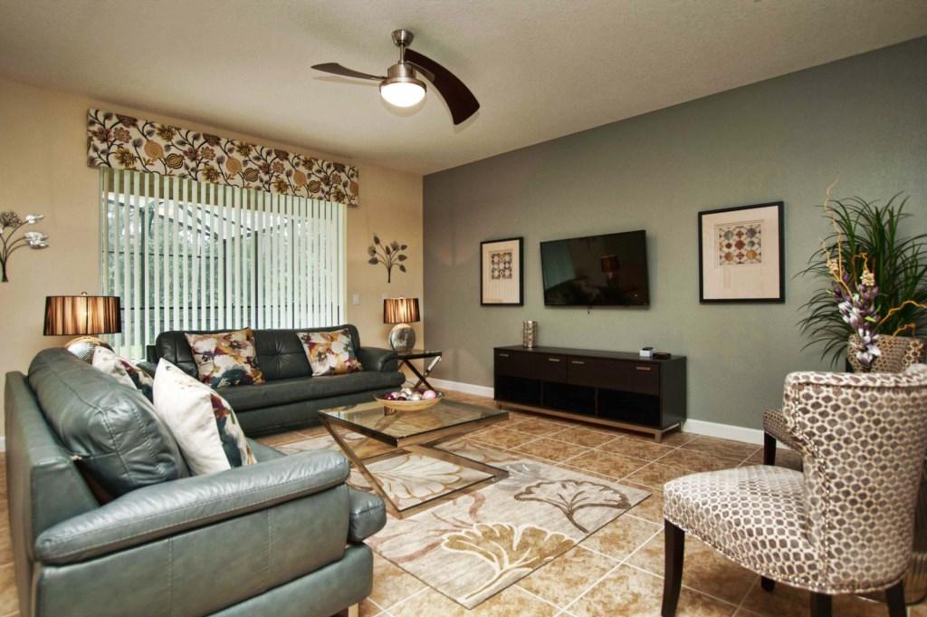 23151-Family Room.jpg