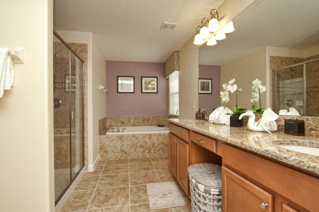 3151-Master Bathroom.jpg