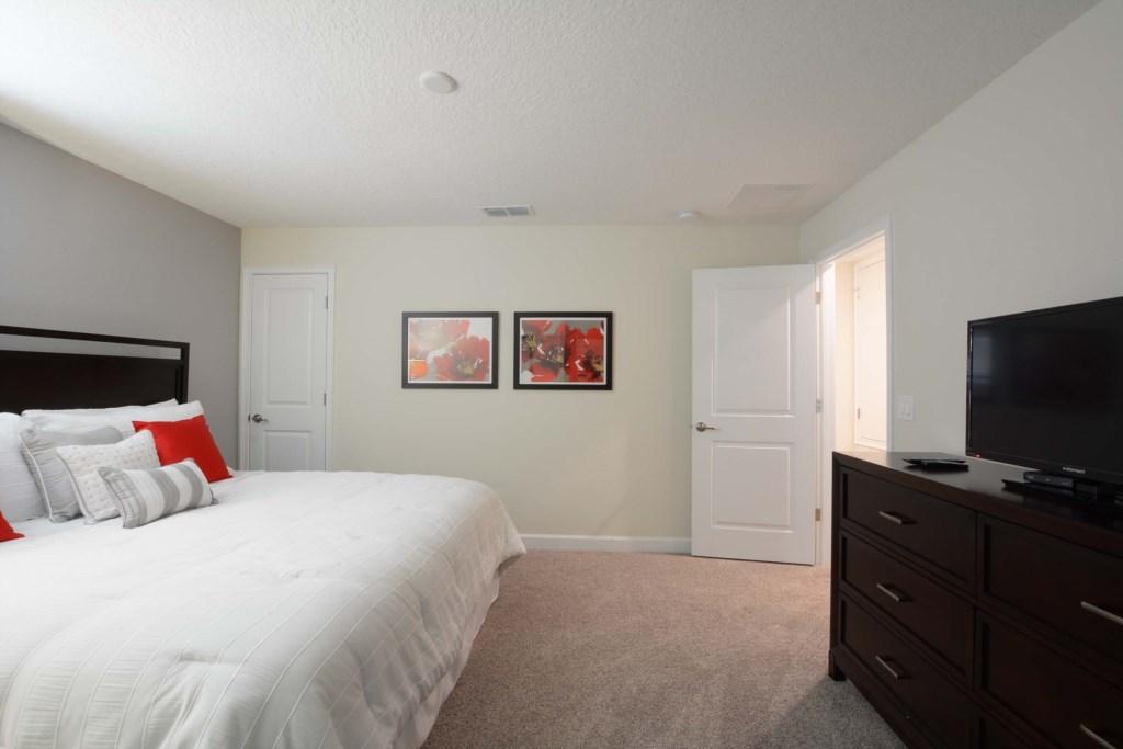 23-Bedroom 33.jpg