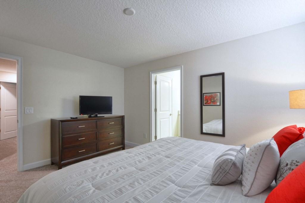 24-Bedroom 32.jpg