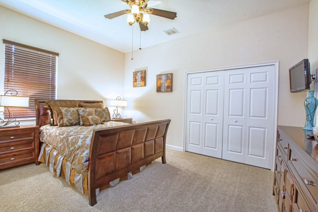 28-Bedroom 4.jpg