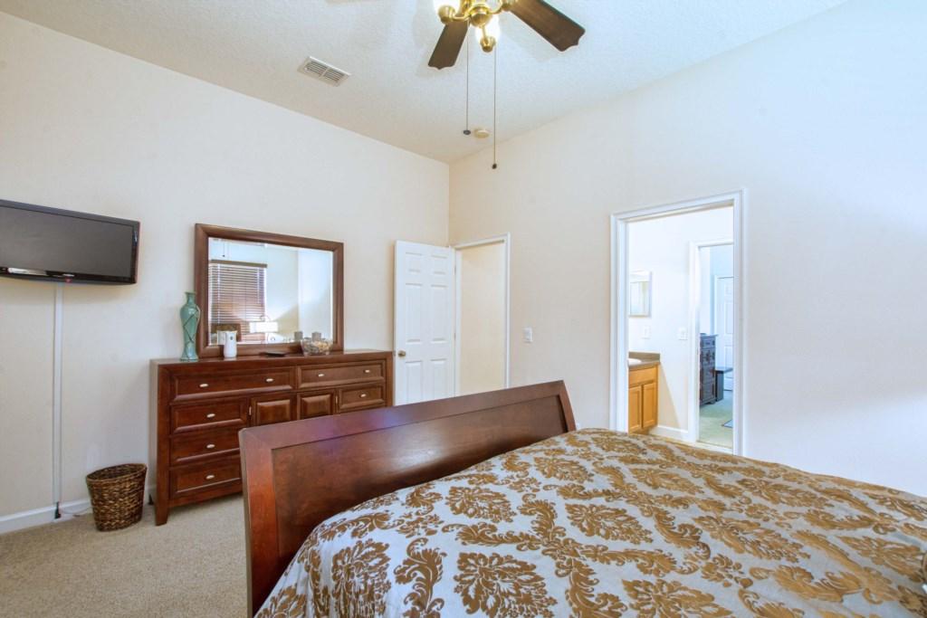29-Bedroom 42.jpg