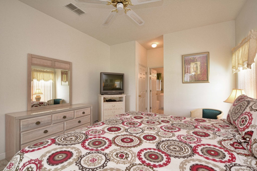 17-Bedroom 32.jpg