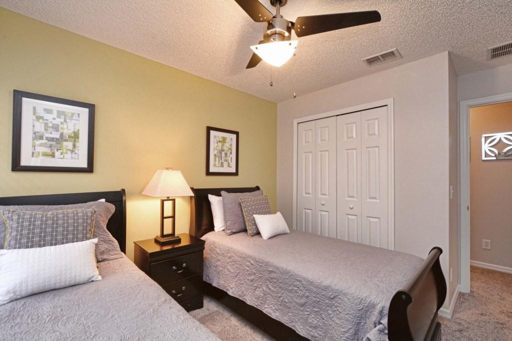 18-Bedroom 32.jpg