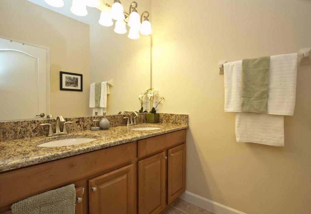 3024-Bathroom.jpg
