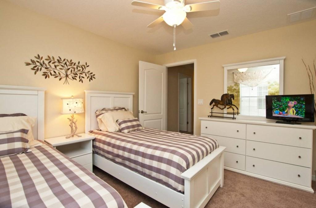 3024-Bedroom 4.jpg
