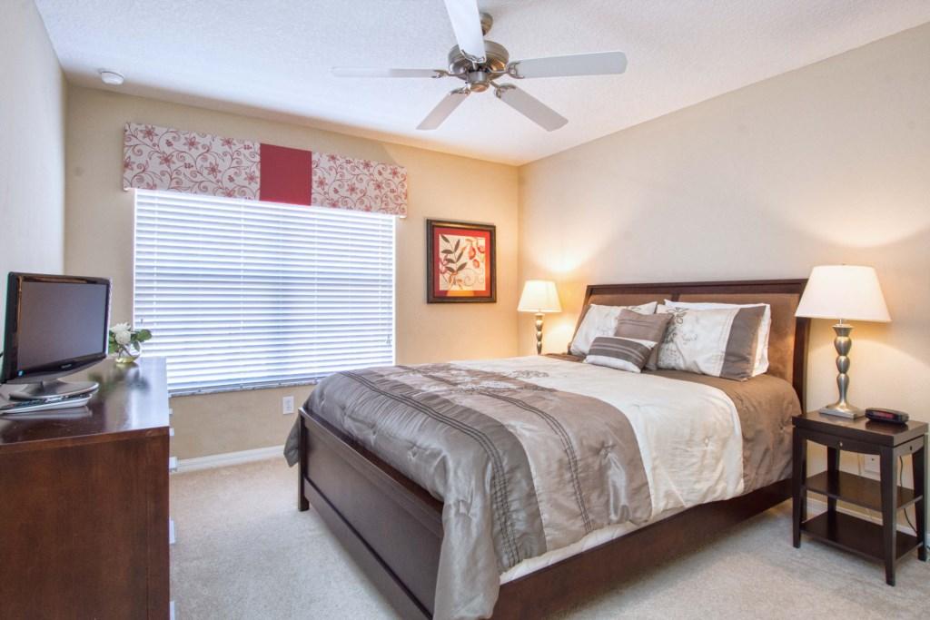25-Bedroom 3.jpg