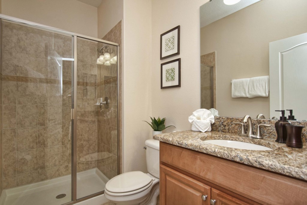 6Bathroom-3202.jpg