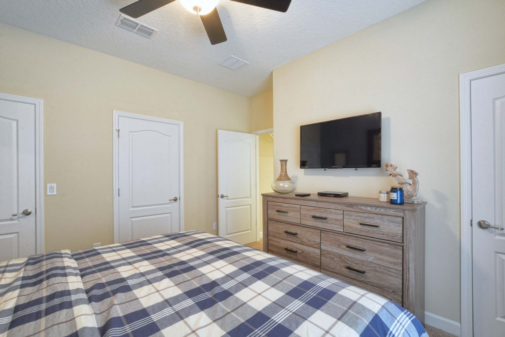 06-Bedroom2.jpg