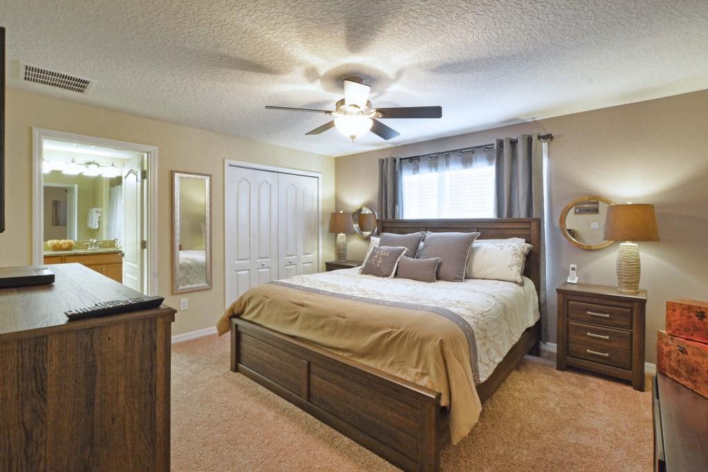 15-Bedroom 2.jpg
