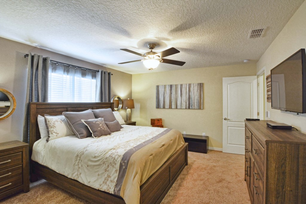 16-Bedroom 22.jpg