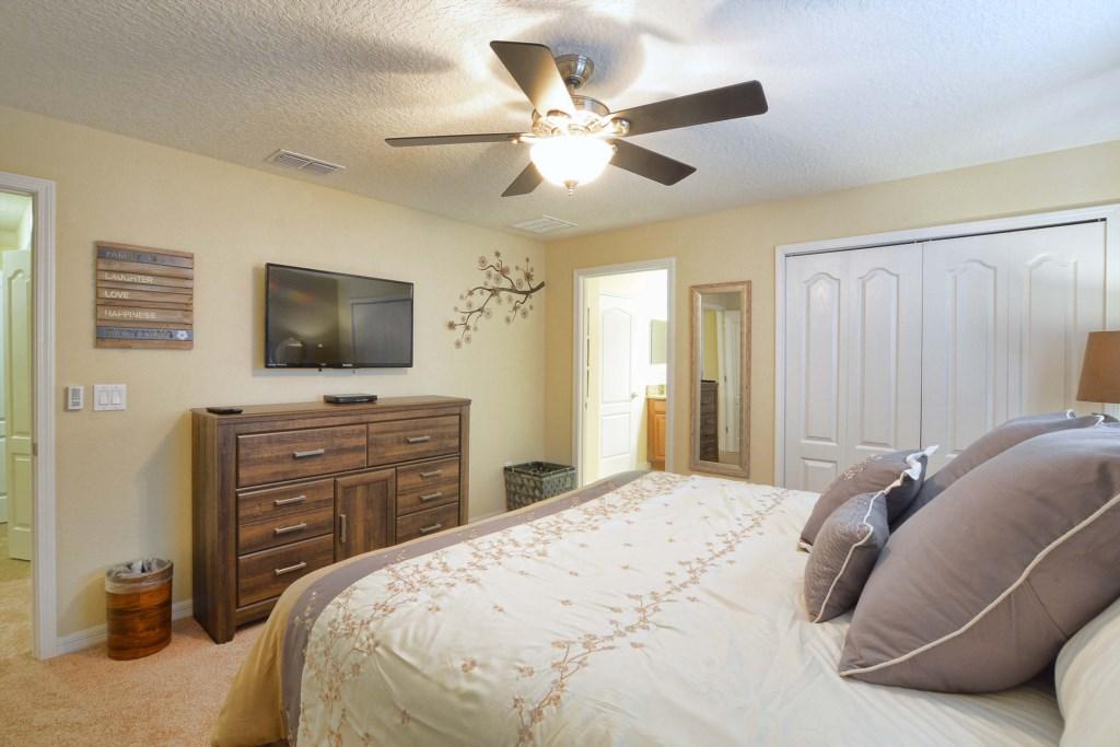 17-Bedroom 23.jpg
