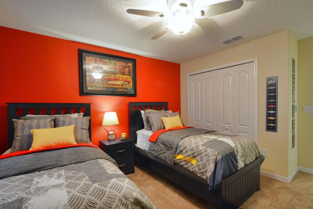 23-Bedroom 42.jpg