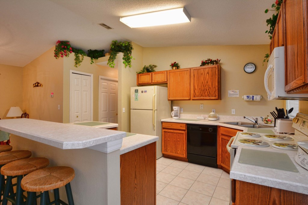 07-Kitchen.jpg