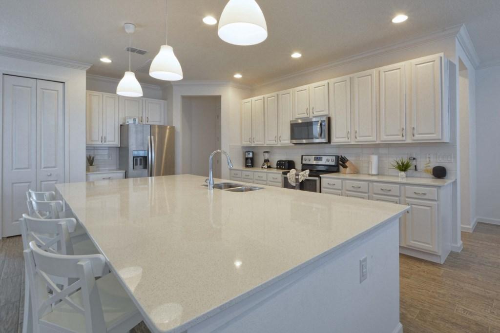 08-Kitchen2.jpg