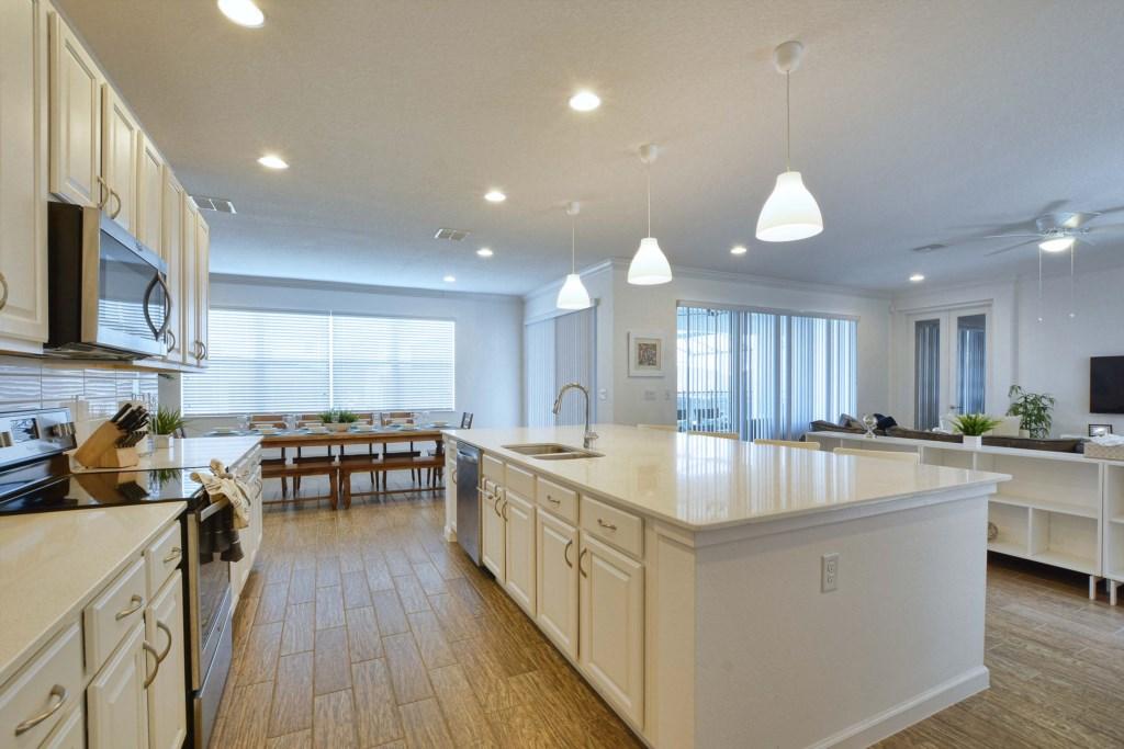 09-Kitchen3.jpg