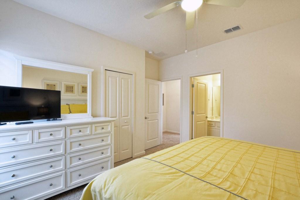 16-Bedroom 52.jpg