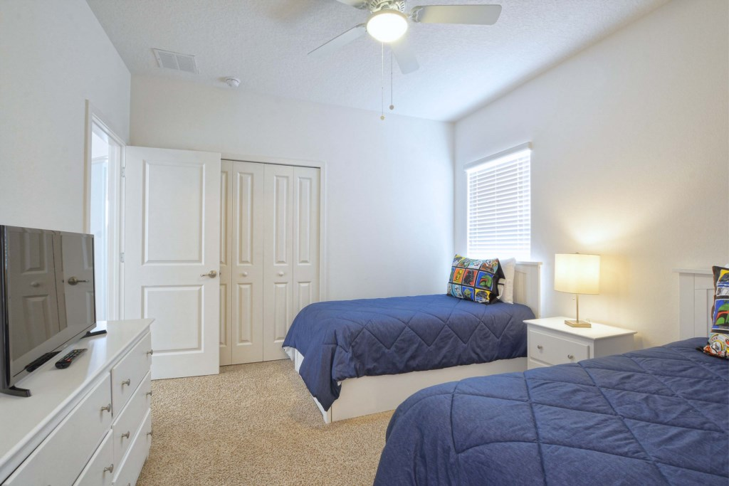 28-Bedroom 32.jpg