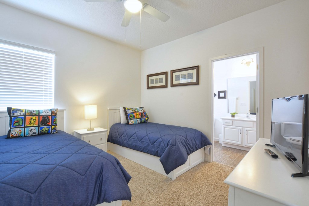 29-Bedroom 3.jpg