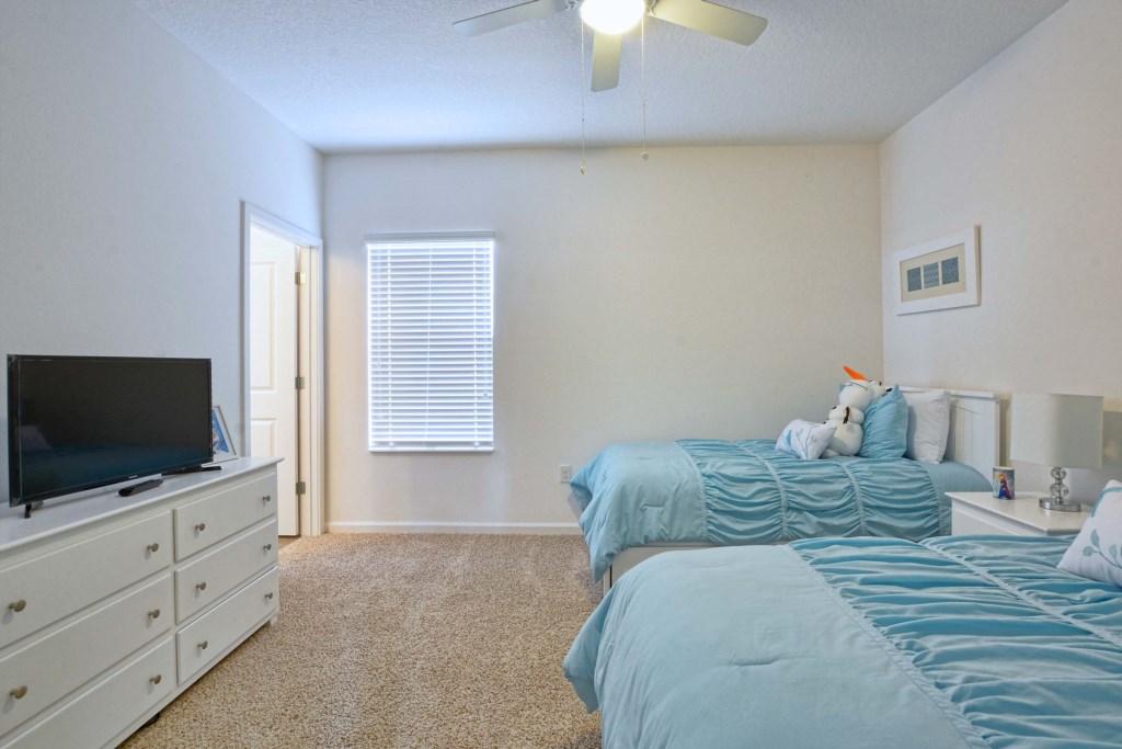 31-Bedroom 4.jpg